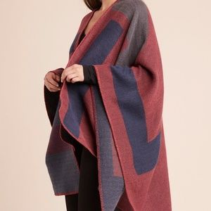BB Dakota Soft Knit Poncho